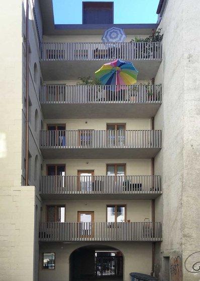 balcons sur cour intérieure